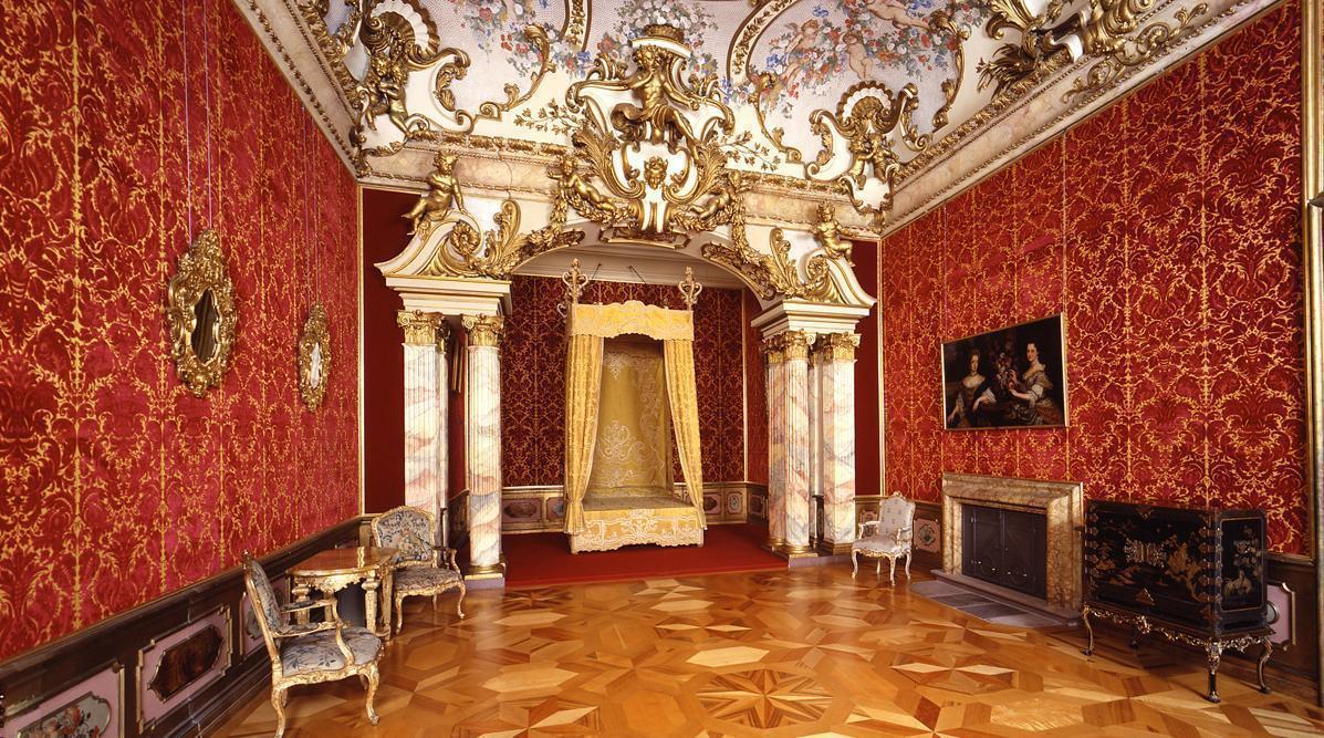 Rastatt Residential Palace, the margravine's bedroom; Photo: Staatliche Schlösser und Gärten Baden-Württemberg, Andrea Rachele