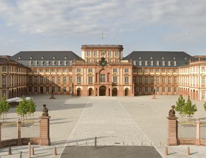 Außenansicht vom Barockschloss Mannheim; Foto: Staatliche Schlösser und Gärten Baden-Württemberg, Christoph Hermann