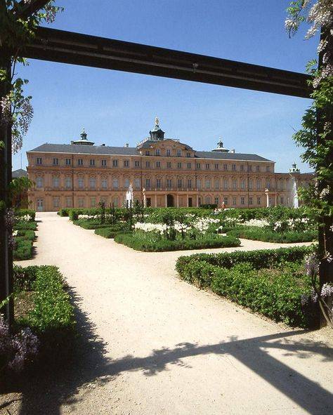 Rastatt Residential Palace, A view of the gardens and the palace