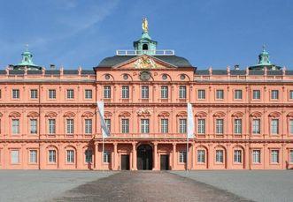 Außenansicht vom Residenzschloss Rastatt; Foto: Staatliche Schlösser und Gärten Baden-Württemberg, Sandra Eberle