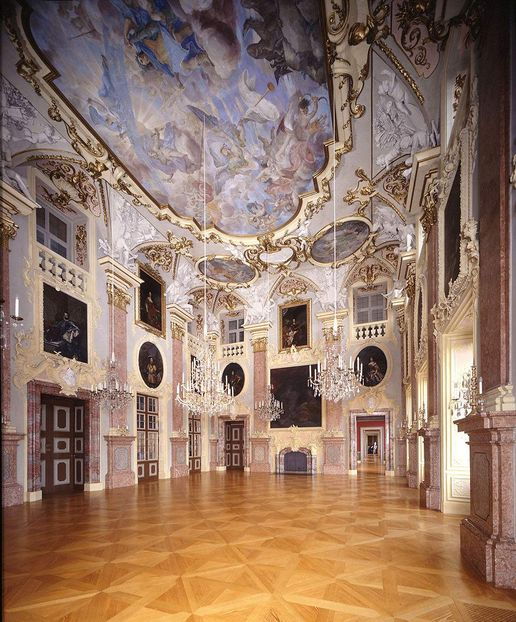 Rastatt Residential Palace, A look inside the Ancestral Hall