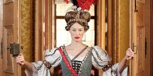 Kostümierte Dame im Residenzschloss Rastatt