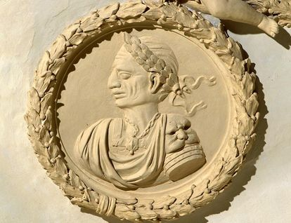 Stucco likeness of Julius Cesar. Image: Landesmedienzentrum Baden-Württemberg, credit unknown