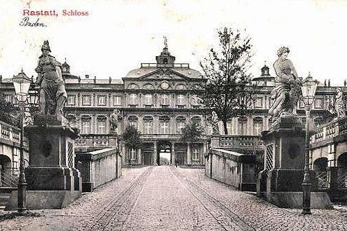 Residenzschloss Rastatt, Postkarte um 1912; Foto: Urheber unbekannt, gemeinfrei