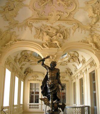 Décors en stucs au plafond du vestibule, château résidentiel de Rastatt