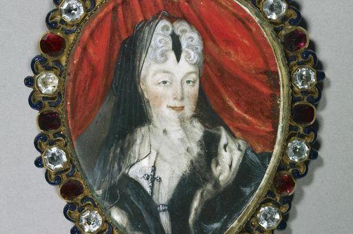 Pendant with portrait of Sibylla Augusta, a gift of supplication. Image: Staatliche Schlösser und Gärten Baden-Württemberg, Arnim Weischer