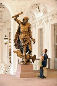 Rastatt Residential Palace, Statue of Jupiter on the staircase; photo: Staatliche Schlösser und Gärten Baden-Württemberg, Niels Schubert
