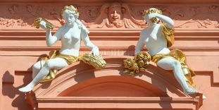 Genies, architectural decoration on the central risalit, Rastatt Residential Palace.