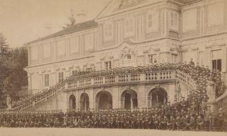 Residenzschloss Rastatt, Soldaten vor dem Schloss